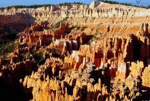 Morning at Bryce Canyon National Park - Utah