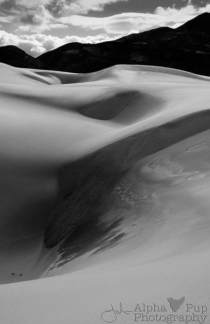 Cascading Sands
